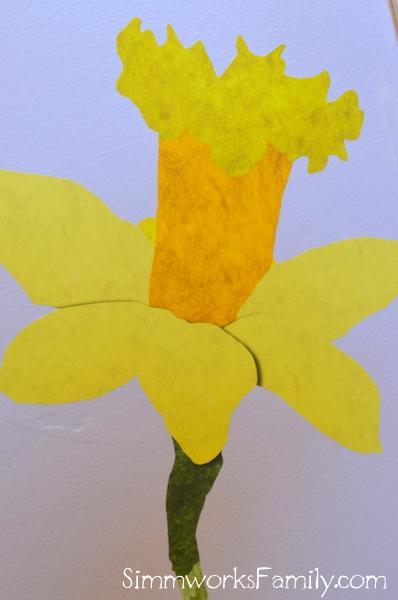 My Wonderful Walls daffodil wall decal up close