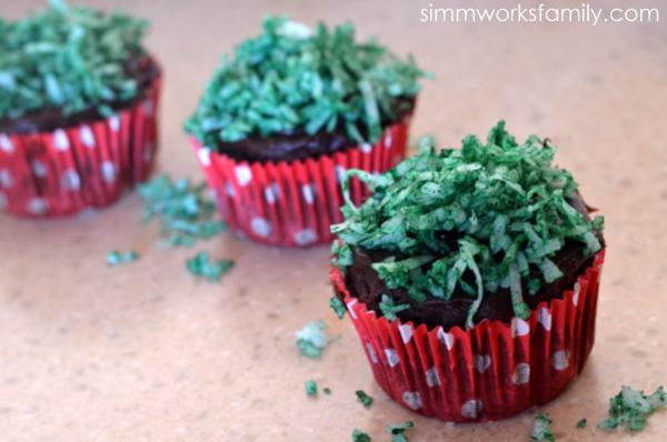 Easter Egg Cupcake Baskets adding grass