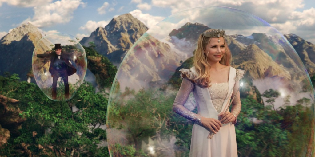 Oz the Great and Powerful glinda in a bubble