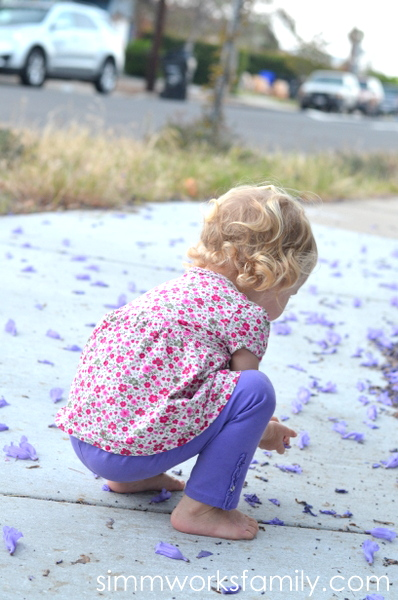 Ways to Get Outdoors With Kids - nature walk