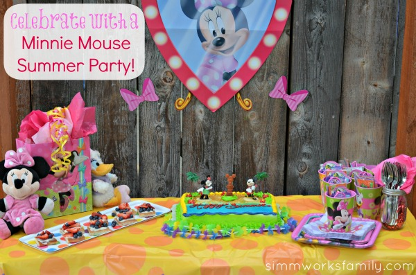 Minnie Mouse Summer Party 1