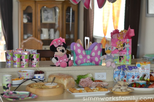 minnie mouse summer party 9