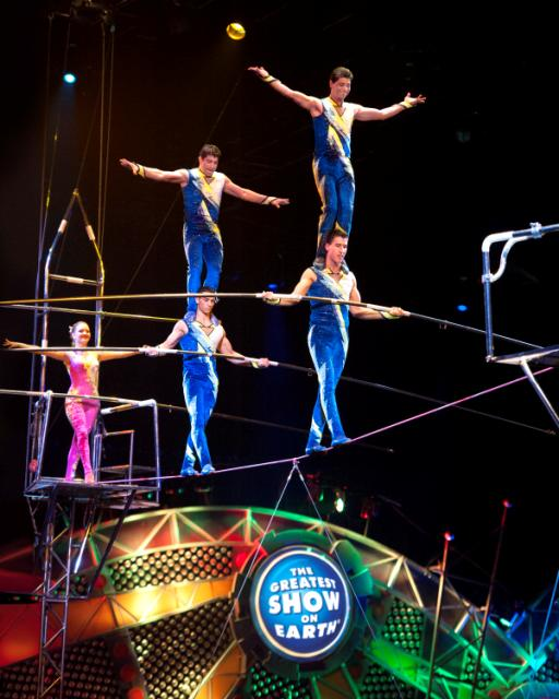 ringling bros and barnum & bailey built to amaze acrobats