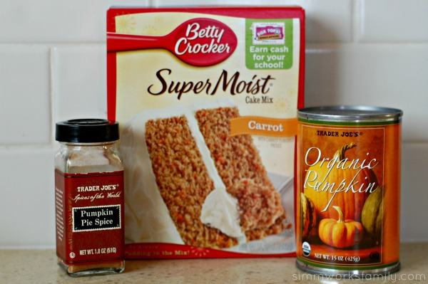 Simple Low-Fat Pumpkin Spice Cake with Apple Cider Glaze