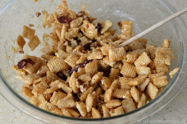 Vanilla Chex Cranberry Pecan Bars mix well