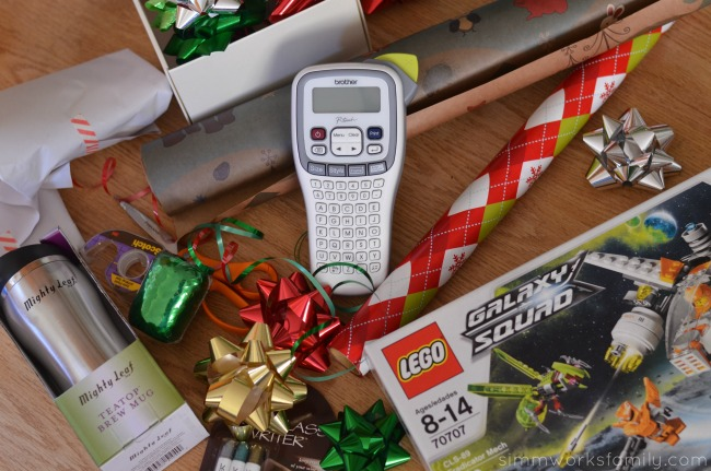 How to Organize Your Christmas Presents set out gifts