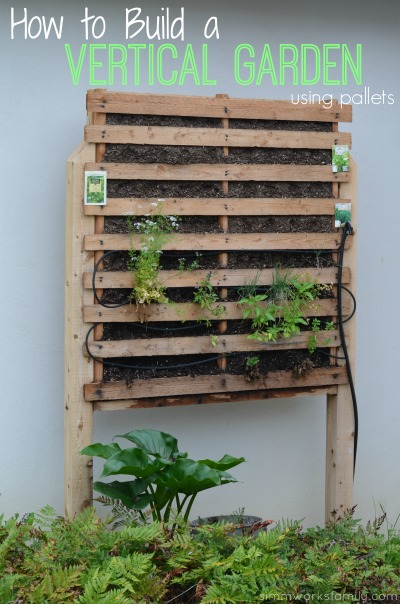 How to build a vertical garden using pallets for Vertical pallet garden