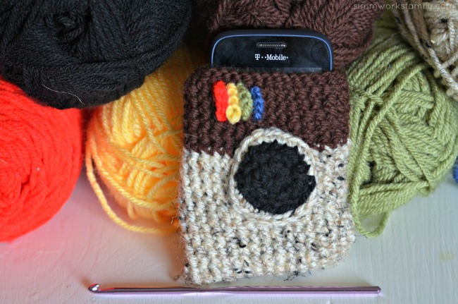 crochet instagram phone cover completed
