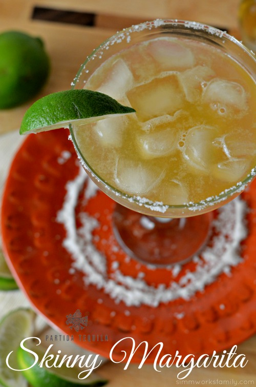 This simple 5-Ingredient Skinny Margarita recipe is the perfect way to celebrate everyday occasions.