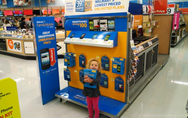 5 Great Tools for Moms On-The-Go - Walmart Family Mobile Cheapest Wireless Plans and Phones