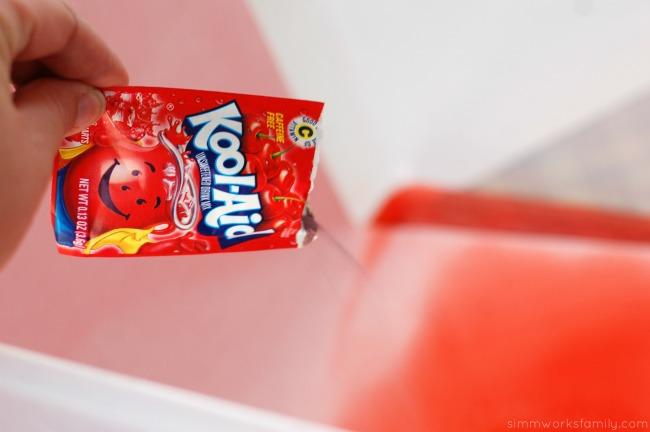 DIY Fruit Juice Dyed Watermelon Windsock add kool aid drink mix