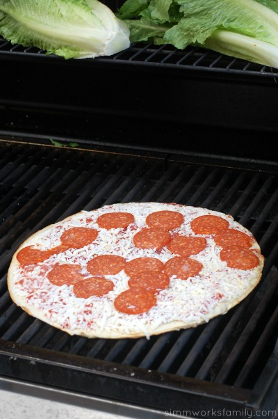 Easy Dinner Ideas On The Grill Jacks pizza on grill
