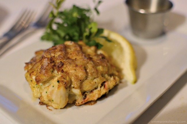 San Diego Restaurant Week - Oceanaire Seafood Room Review crab cakes