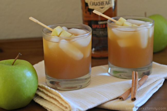 Spiked Apple Cider Drink Recipe - with spiced rum #SweetNLowStars