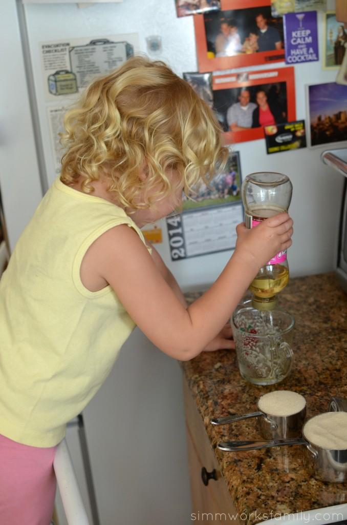 Cinnamon Marshmallow Recipe pour light corn syrup
