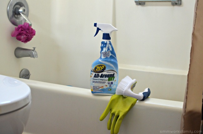 5 Tips for Cleaning The Bathroom - supplies needed #TryZep