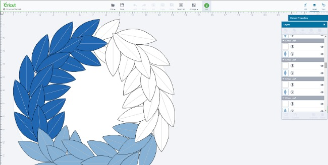 DIY Cricut Christmas Leaf Wreath Tutorial - Wreath Screenshot