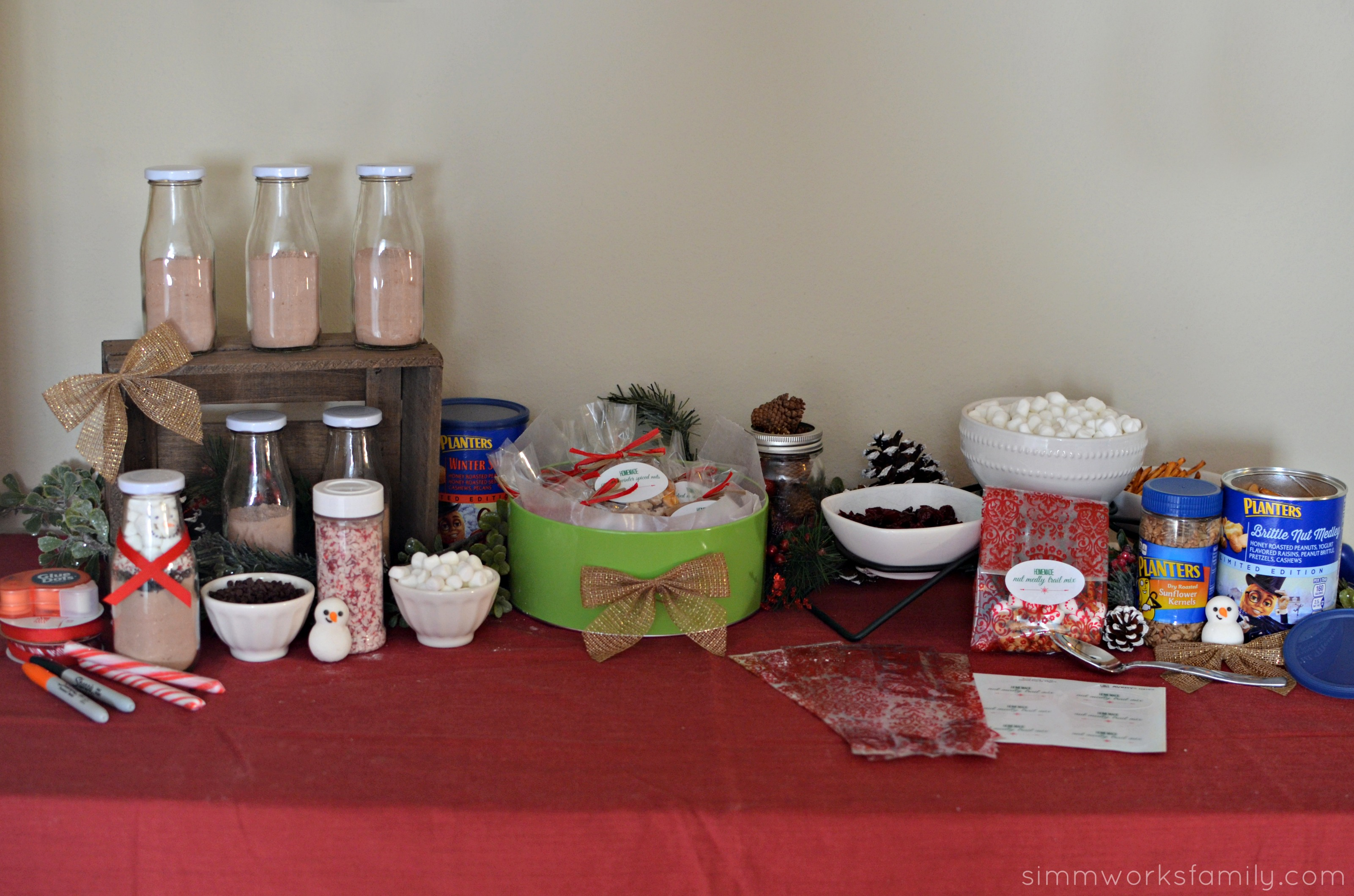 Christmas Family Party Ideas Part - 35: Christmas Gift Making Party Ideas Spread