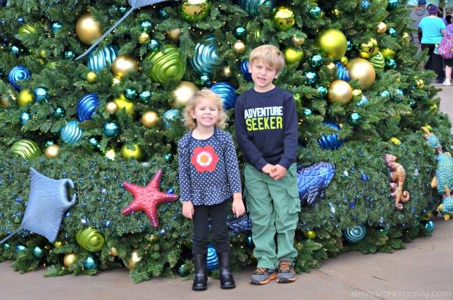 SeaWorld's Christmas Celebrations - sea life christmas tree