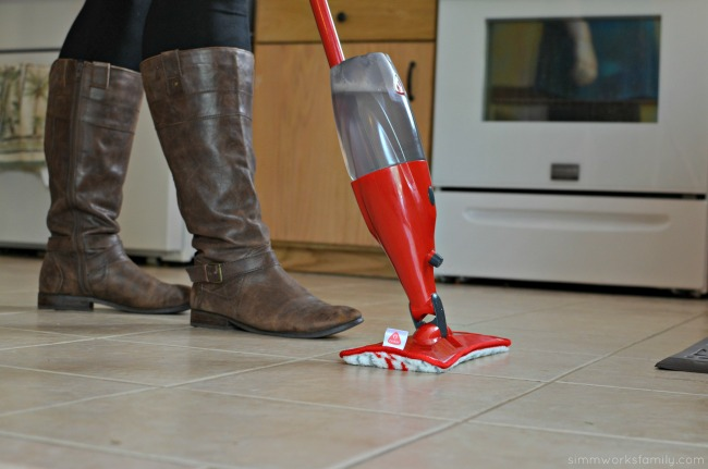 5 Tips for Cleaning The House Before a Party - O'Cedar ProMist