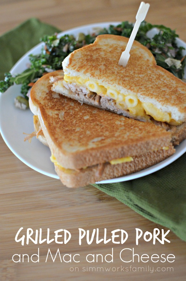 Grilled Pulled Pork and Mac and Cheese Sandwich Recipe - Creative Ways to Use Leftovers #CampbellsSauces