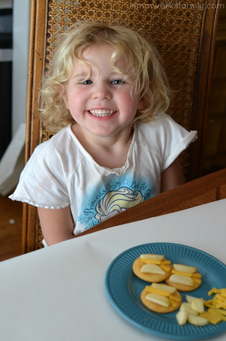Making Snacktime Fun with Butterfly Crackers and RITZ®
