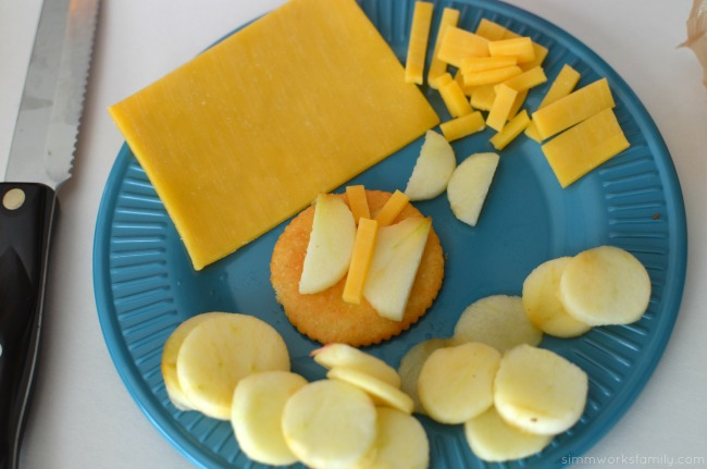 Making Snacktime Fun with Butterfly Crackers - cheese and apples