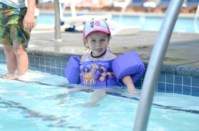5 Kid Pool Rules For Summer - floaties on