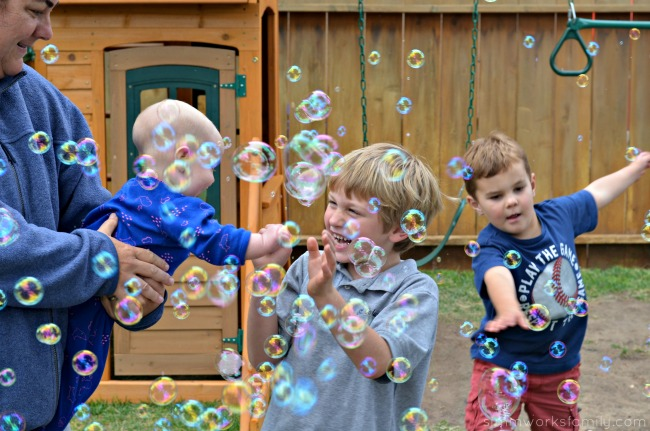 Tips for Hosting A Playdates - sibling love