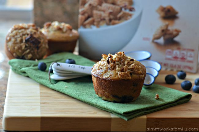 Blueberry Granola Muffins with Chex