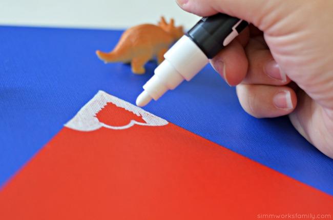 DIY 3-D Dinosaur Wall Art - painting canvases