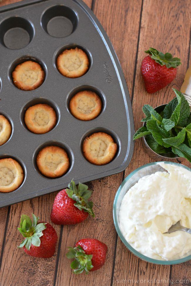 Strawberry Cream Tarts - a quick and easy dessert