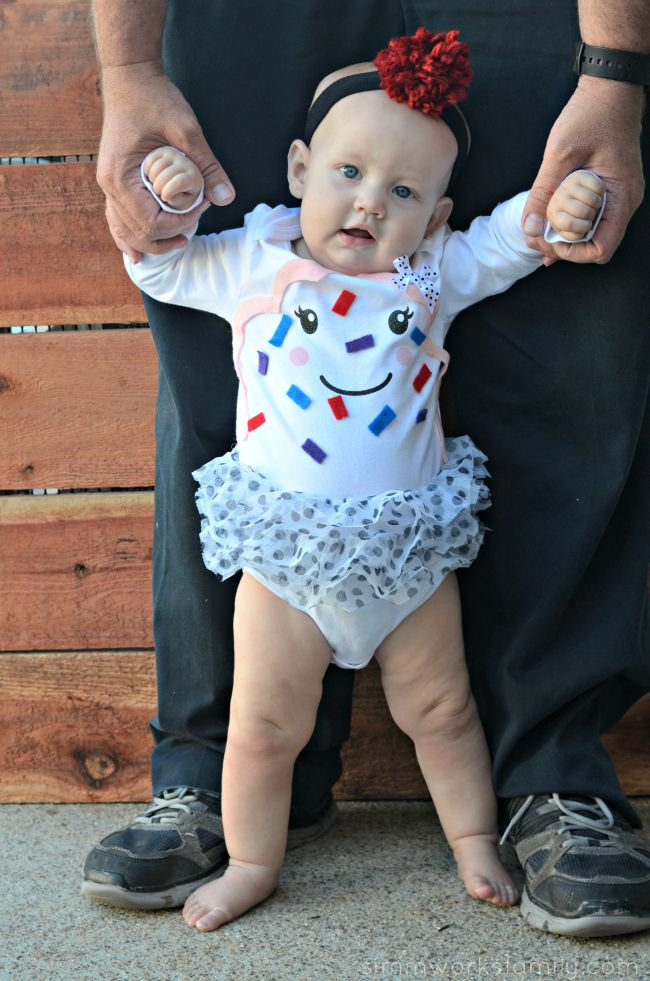 DIY Infant Cupcake Costume An Easy Way For Baby To Dress Up