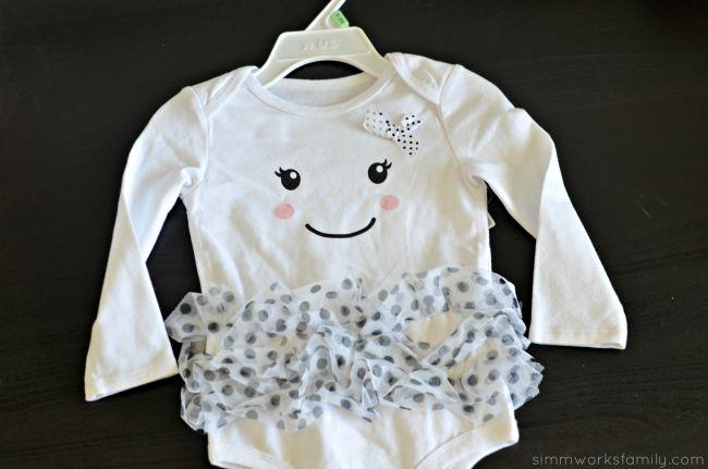 DIY Infant Cupcake Costume - ghost onesie