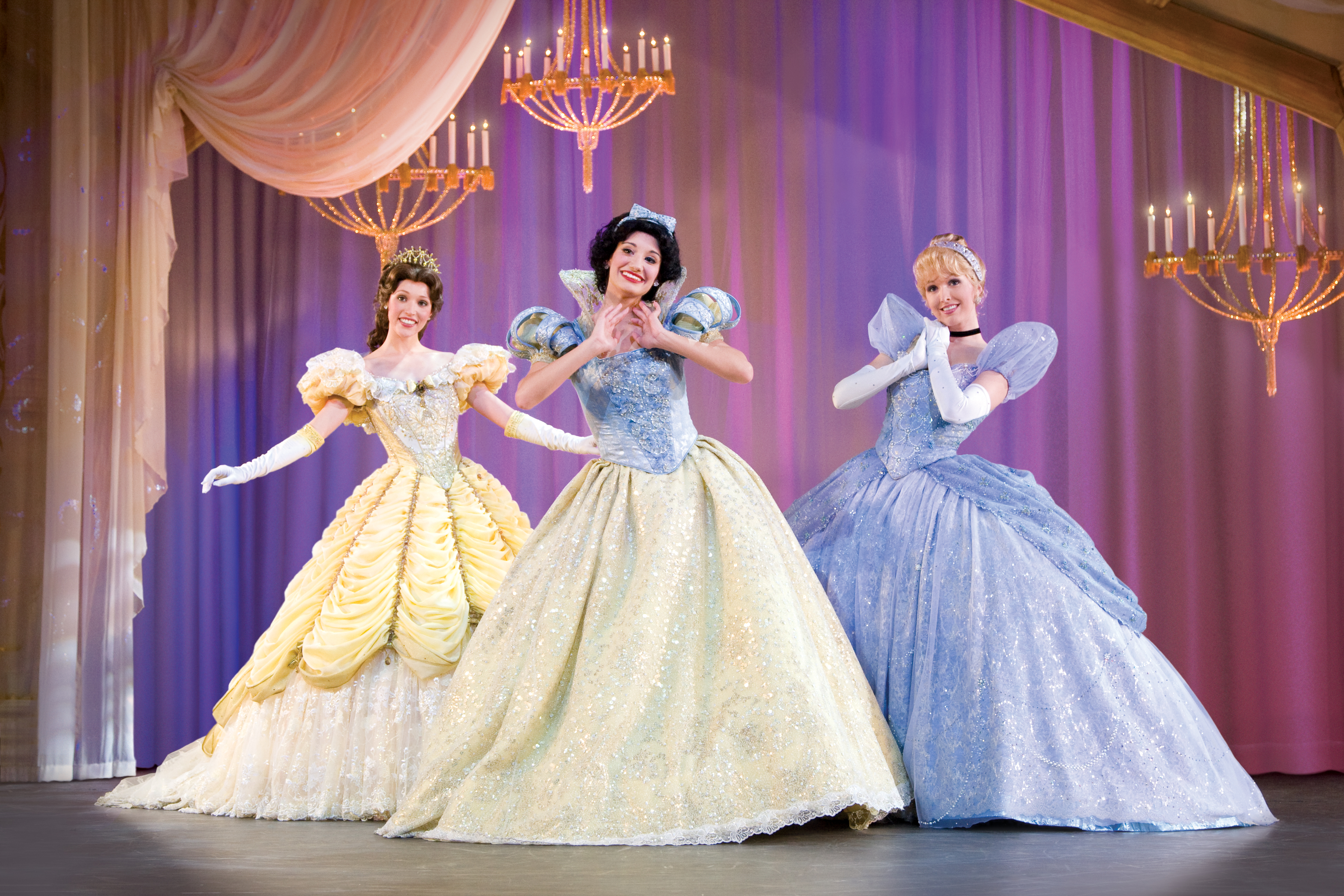 Disney Live! Three Classic Fairytales Princesses