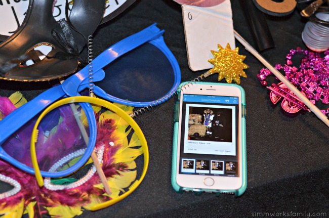 Tips For Hosting A Photobooth - use Social Media Snapshots