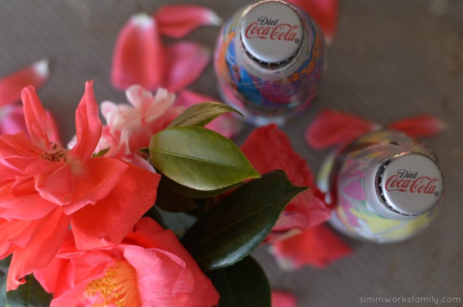 How To Make A Glass Vase Out Of A Coke Bottle with Diet Coke