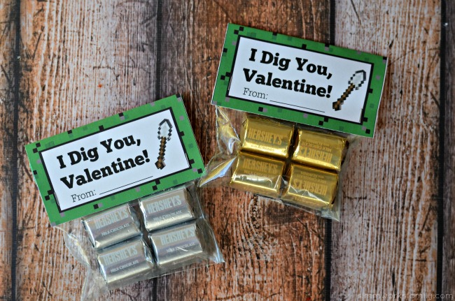 Minecraft Miner Valentine Printable with chocolate