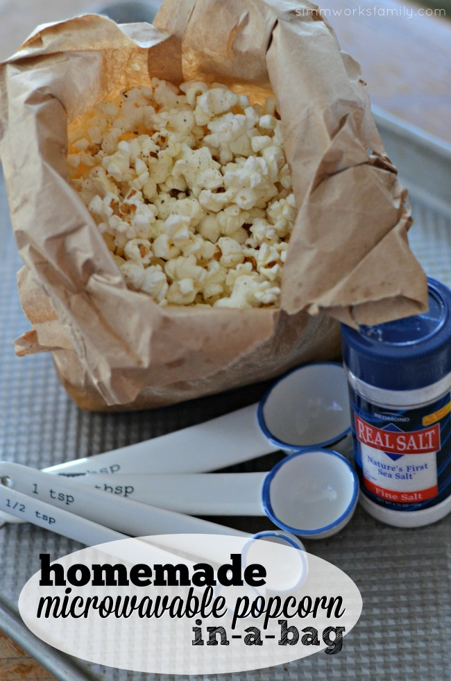 Homemade Microwavable Ranch Popcorn in a Bag
