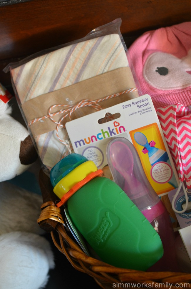 baby-sprinkle-gift-ideas-for-the-second-time-mom-feeding-gifts