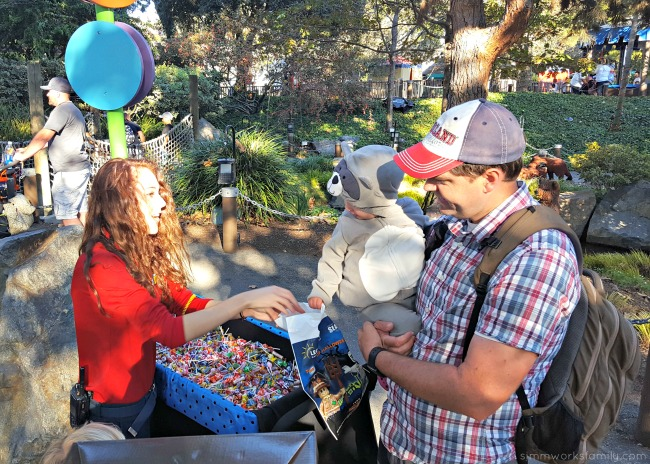 5-reasons-why-you-should-check-out-legoland-california-brick-or-treat-candy-stops