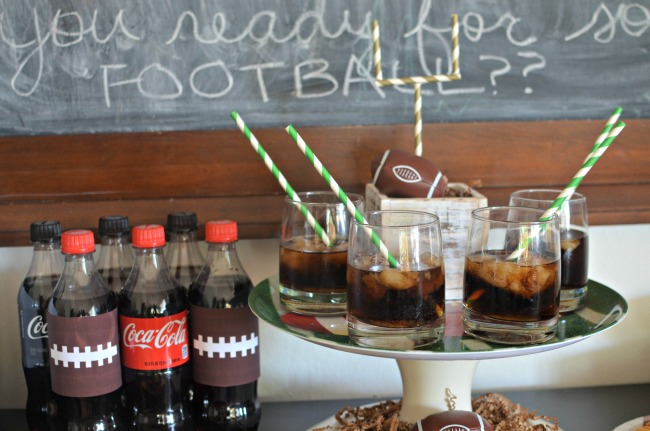 simple-football-party-snack-ideas-savory-and-sweet-dips-soda-slushes