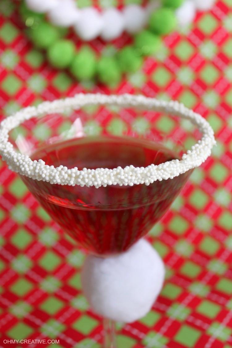 pomegranate-santa-hat-martini-ohmy-creative-com_-jpg9_-e1448684337622