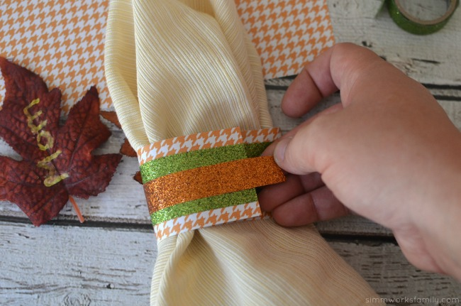 thanksgiving-napkin-ring-placeholders-wrap-napkin-ring-around-napkin