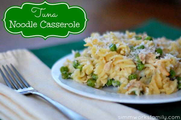 tuna noodle casserole {dinner recipe} - a crafty spoonful